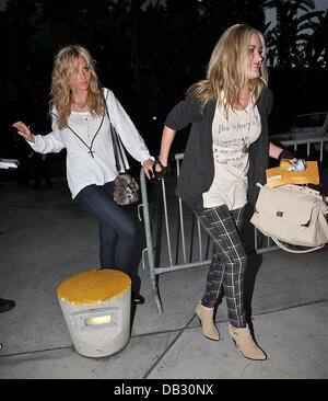Aly & AJ sisters, Amanda Michalka and Alyson Michalka attend the Los Angeles Lakers game at the Staples Center - Stock Image