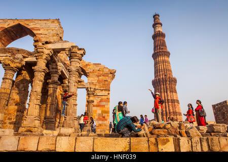 landscape, panorama, panoramic, Tourists, in Qutub Minar complex, Delhi, India - Stock Image