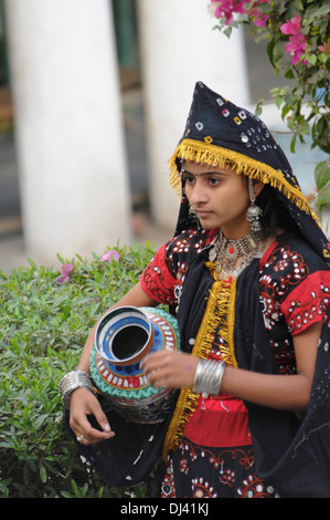 Teenager girl in traditional costume, India - Stock Image