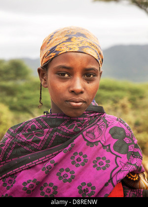 Portrait of a young Ethiopian girl in the bush, north of the national parks in the highlands of Ethiopia - Stock Image