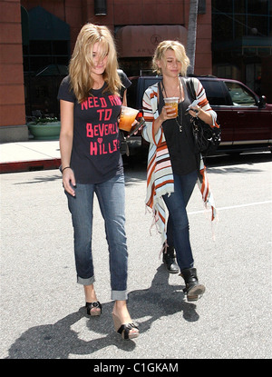 Sisters Alyson Renae Michalka and Amanda Joy Michalka AKA Aly & AJ leaving Anastacia with soft drinks in Beverly - Stock Image