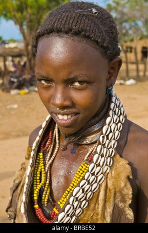 Young Hamer tribal woman, Omo valley, Ethiopia - Stock Image
