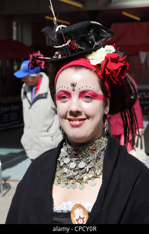 Young woman member of Four Hundred Roses tribal bellydance folk group Holmfirth Festival of Folk 2012 - Stock Image