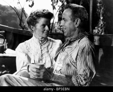 KATHARINE HEPBURN & HUMPHREY BOGART THE AFRICAN QUEEN (1951) - Stock Image