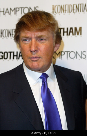 DONALD TRUMP LA CONFIDENTIAL AND GOTHAM MAGAZINE THE APPRENTICE LOS ANGELES USA 26 February 2004 - Stock Image