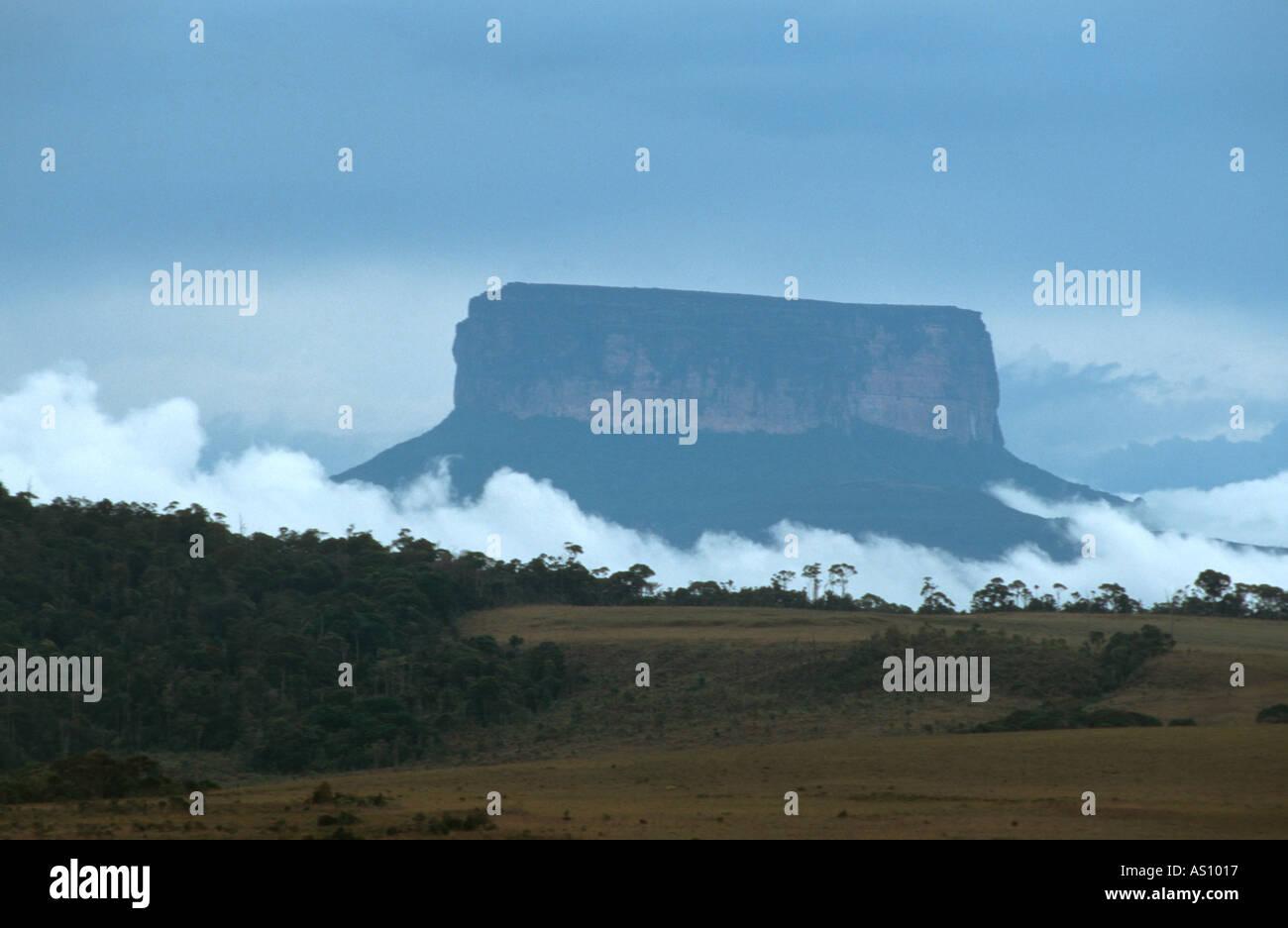canaima-central-venezuela-AS1017.jpg