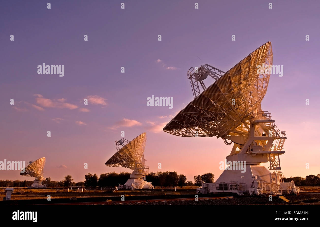 australia-telescope-compact-array-near-narrabri-nsw-australia-photographed-BDM21H.jpg