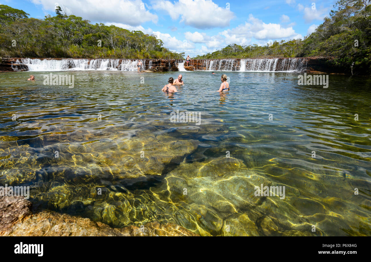 tourists-swimming-at-picturesque-fruit-b