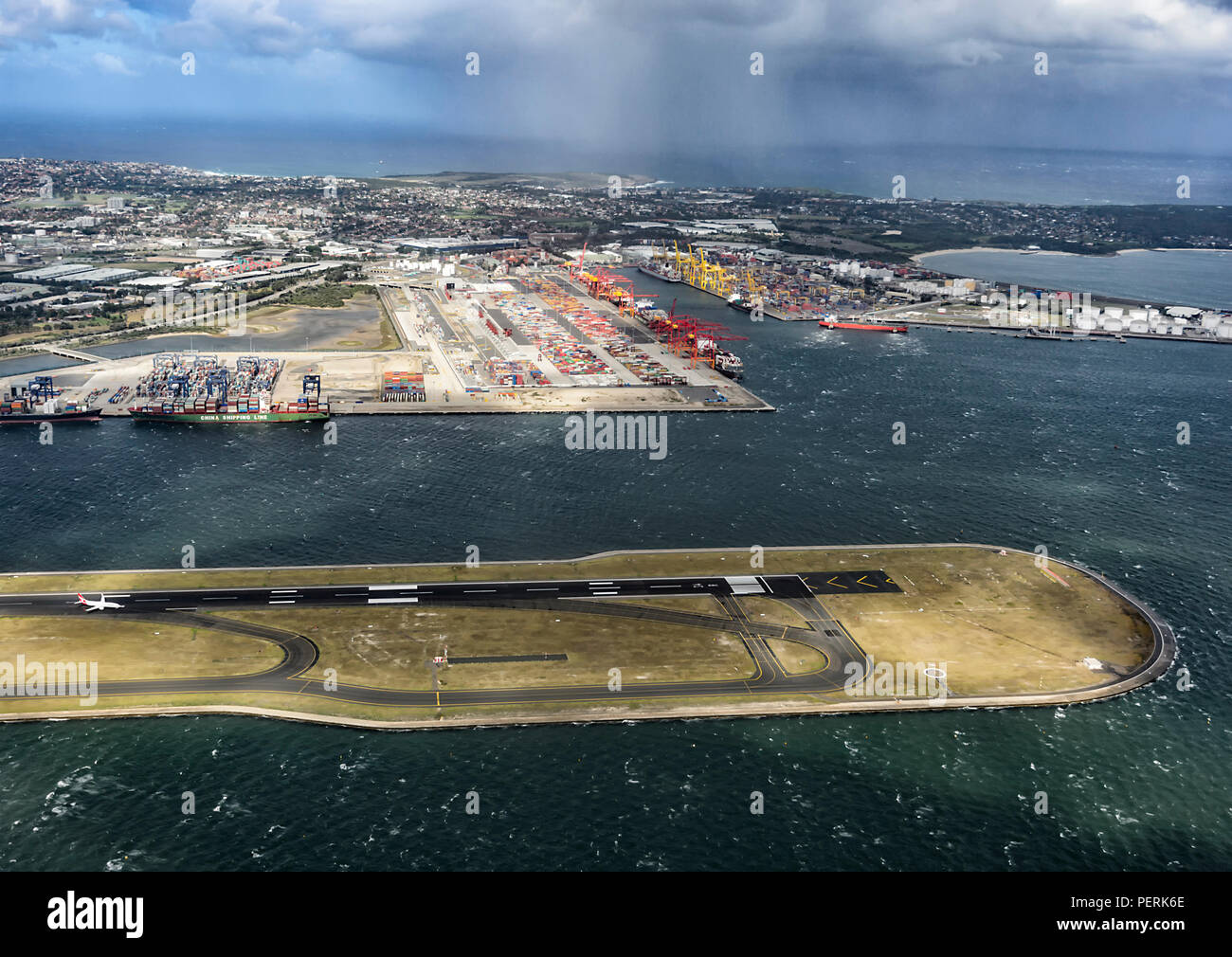 aerial-view-of-sydney-airport-runway-new