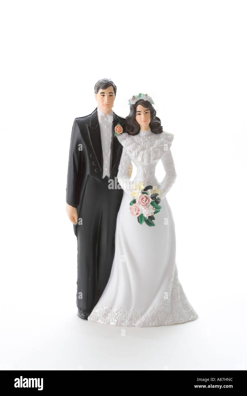 bride-and-groom-cake-topper-A87HNC.jpg