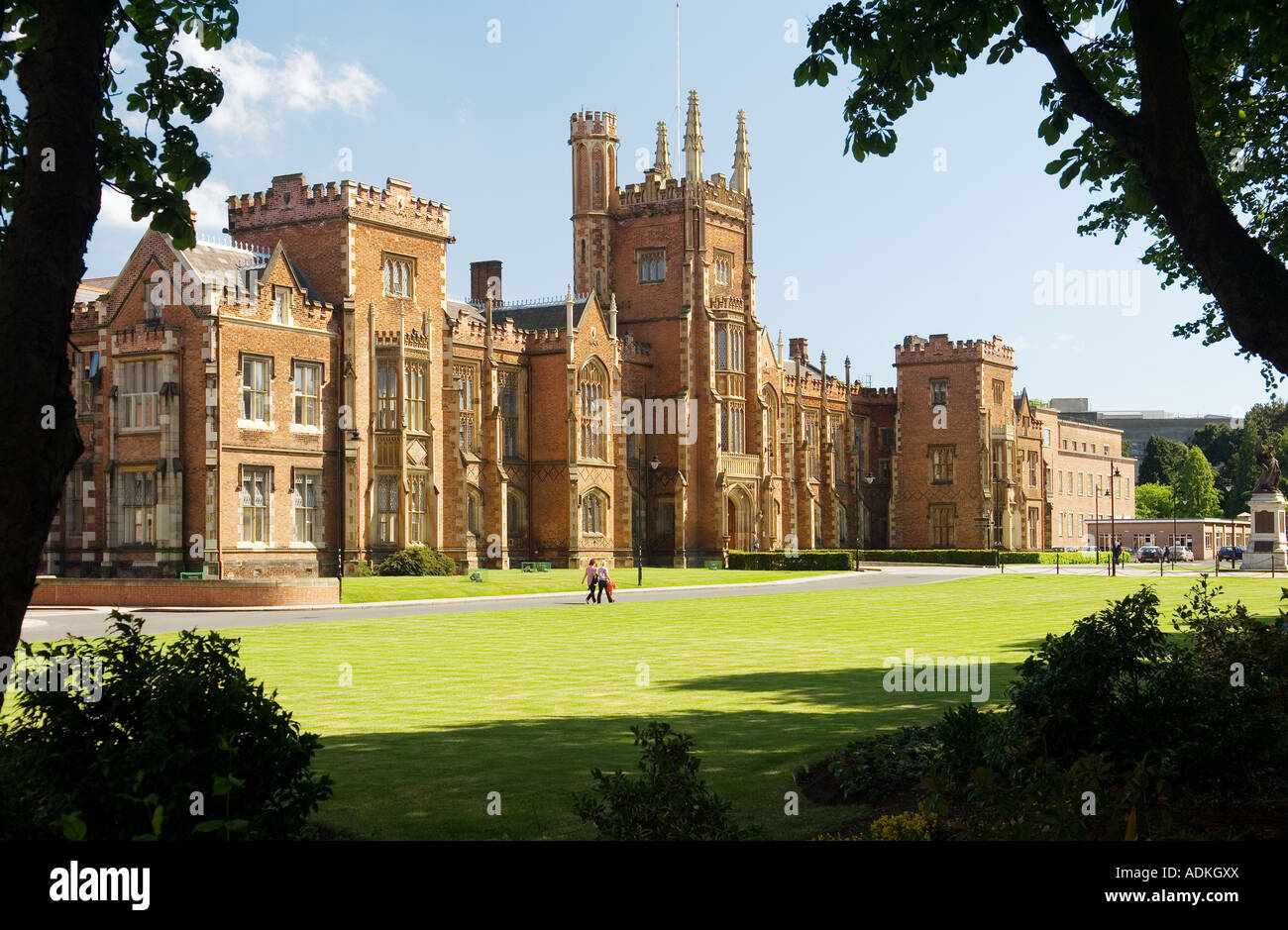 queens-university-belfast-northern-irela