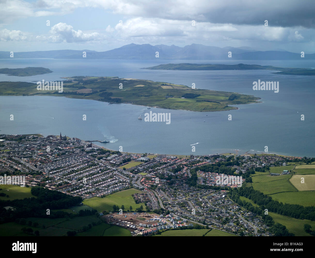 largs-and-little-cumbrae-island-in-the-c