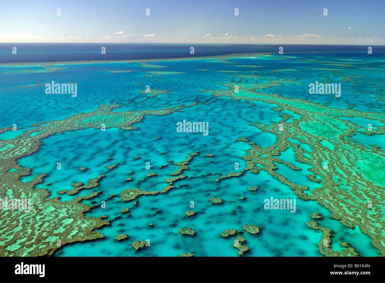 reefs-and-atolls-of-the-great-barrier-re
