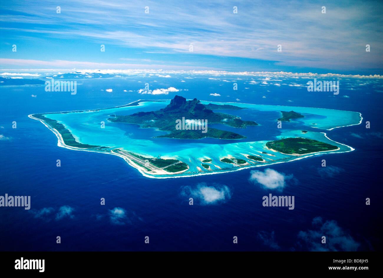 aerial-view-of-bora-bora-island-anchored