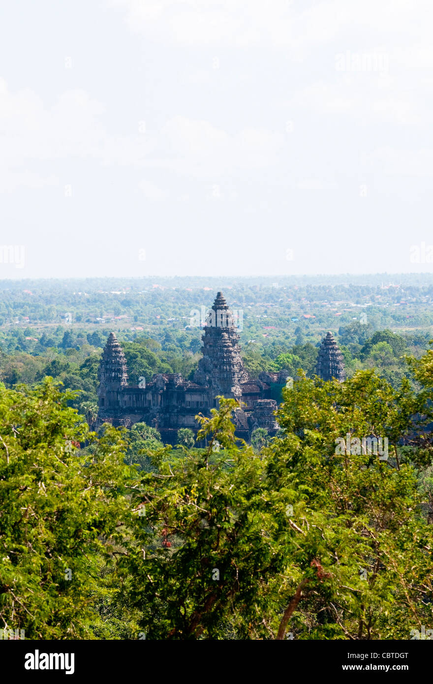 angkor-wat-surrounded-by-jungle-cambodia-CBTDGT.jpg