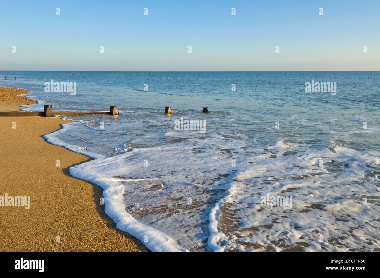 beach-hayling-island-hampshire-uk-CF1R50