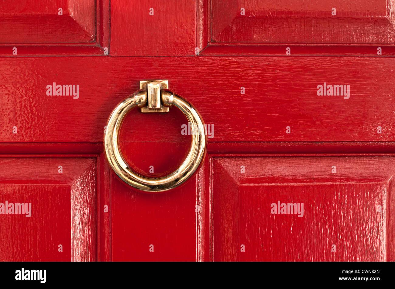 shiny-polished-brass-ring-door-knocker-o