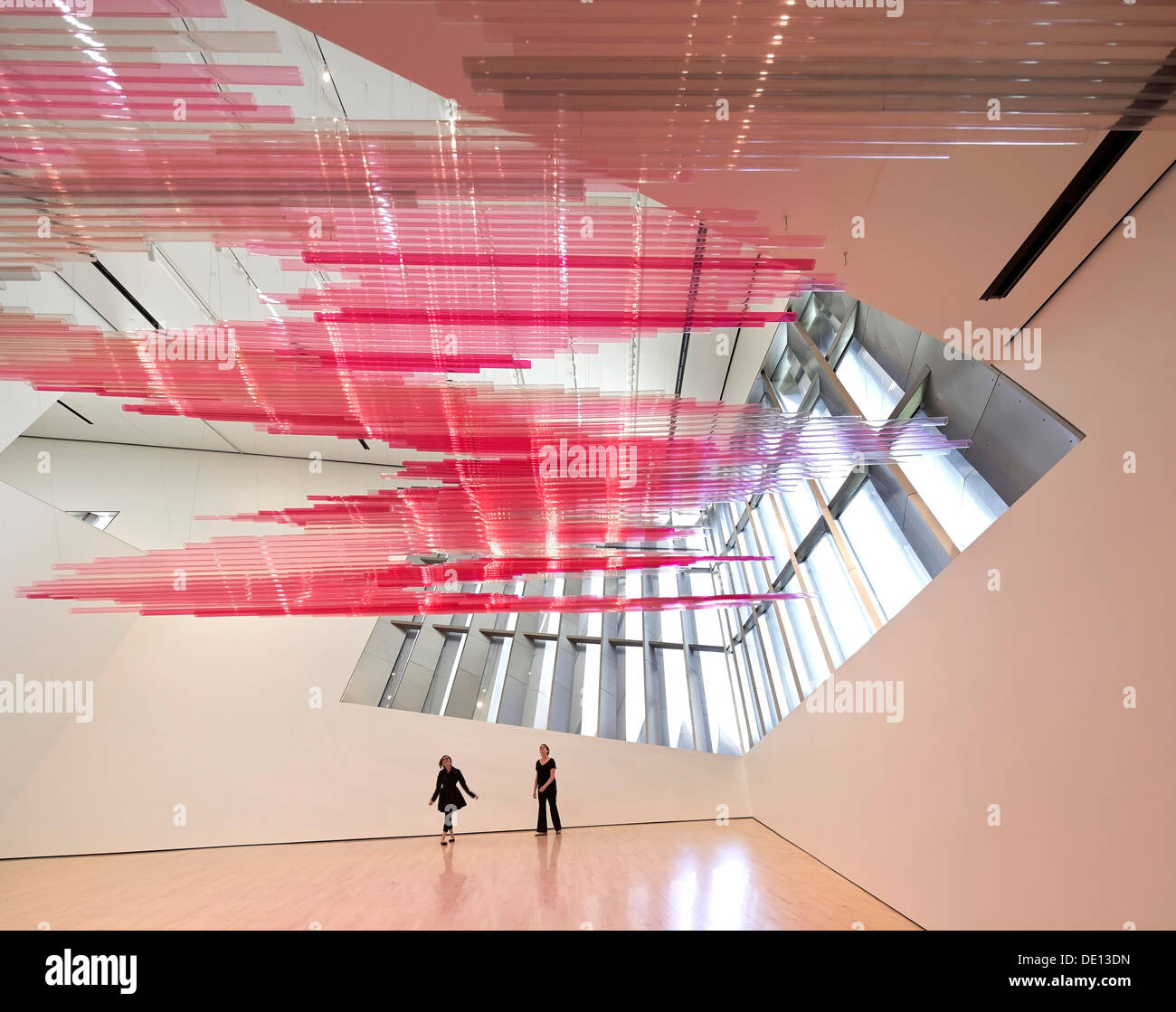 http://h7.alamy.com/comp/DE13DN/eli-edythe-broad-art-museum-lansing-united-states-architect-zaha-hadid-DE13DN.jpg