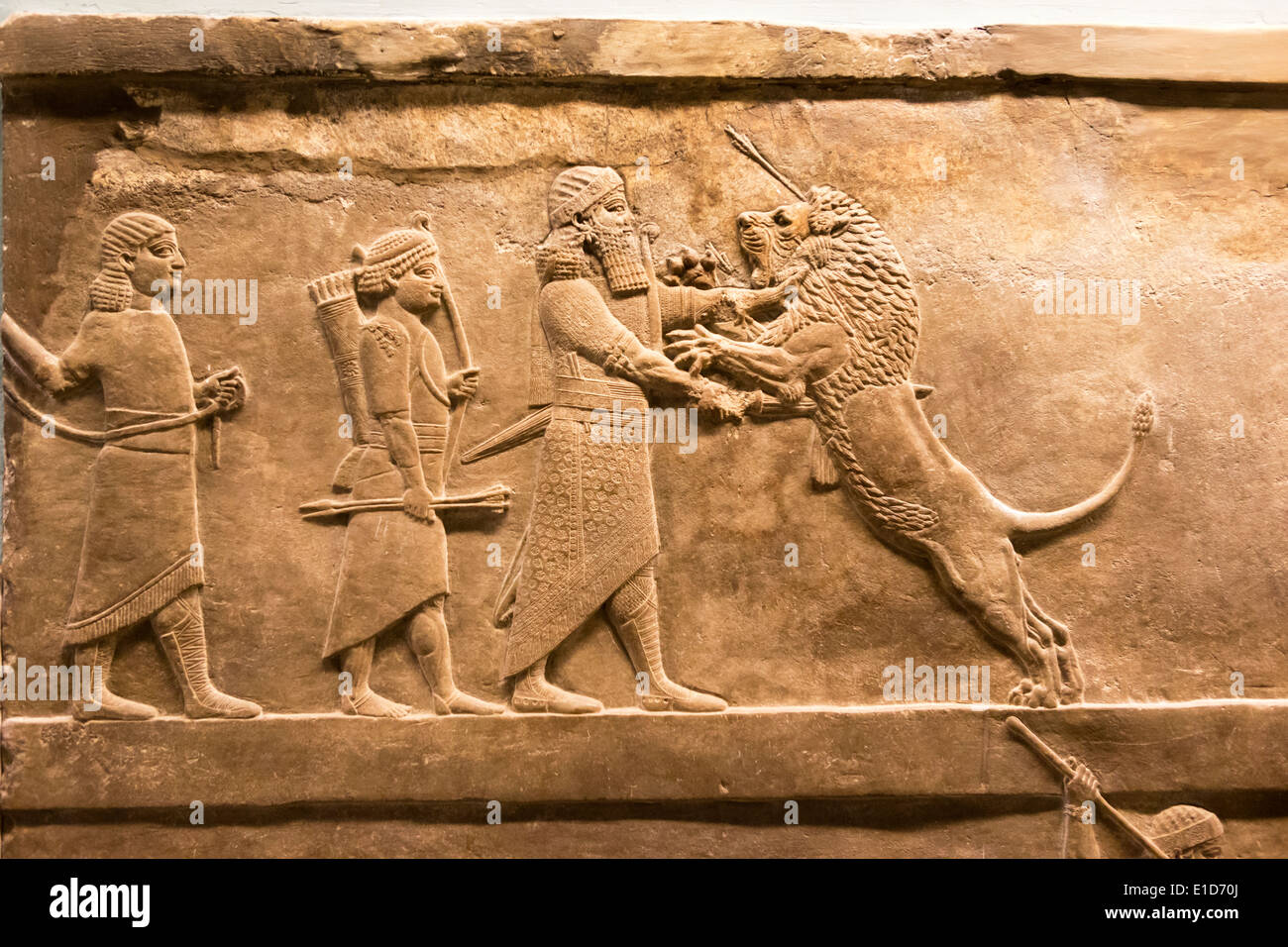 lion-hunt-from-nineveh-north-palace-brit