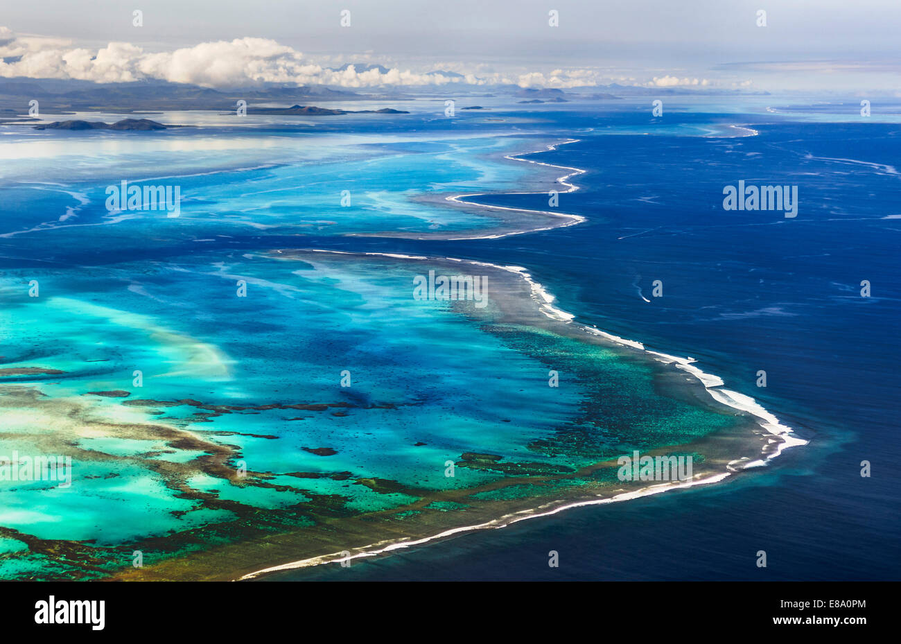 barrier-of-the-coral-reef-of-grande-terr