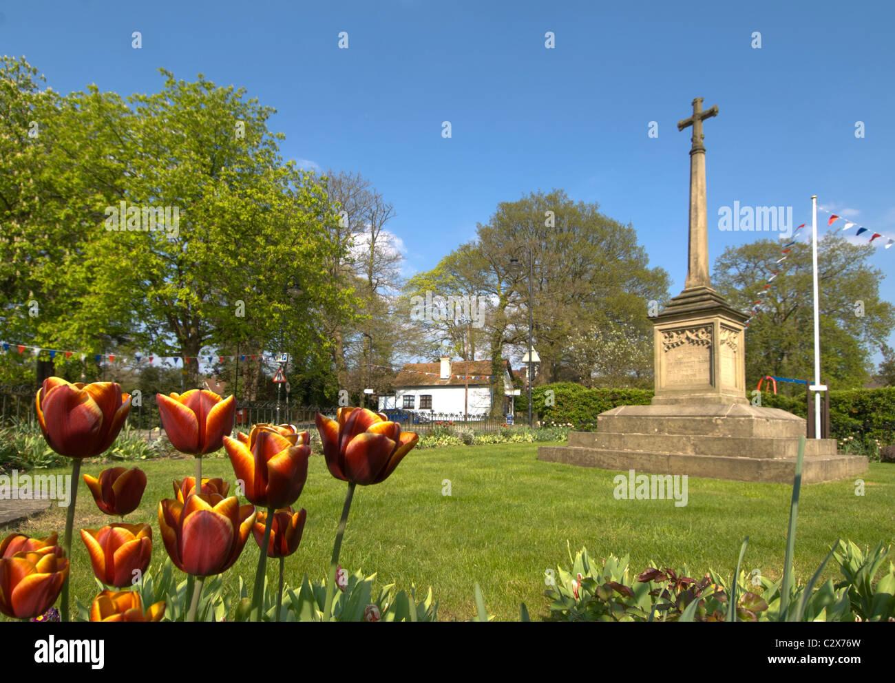 war-memorial-on-village-green-grayshott-