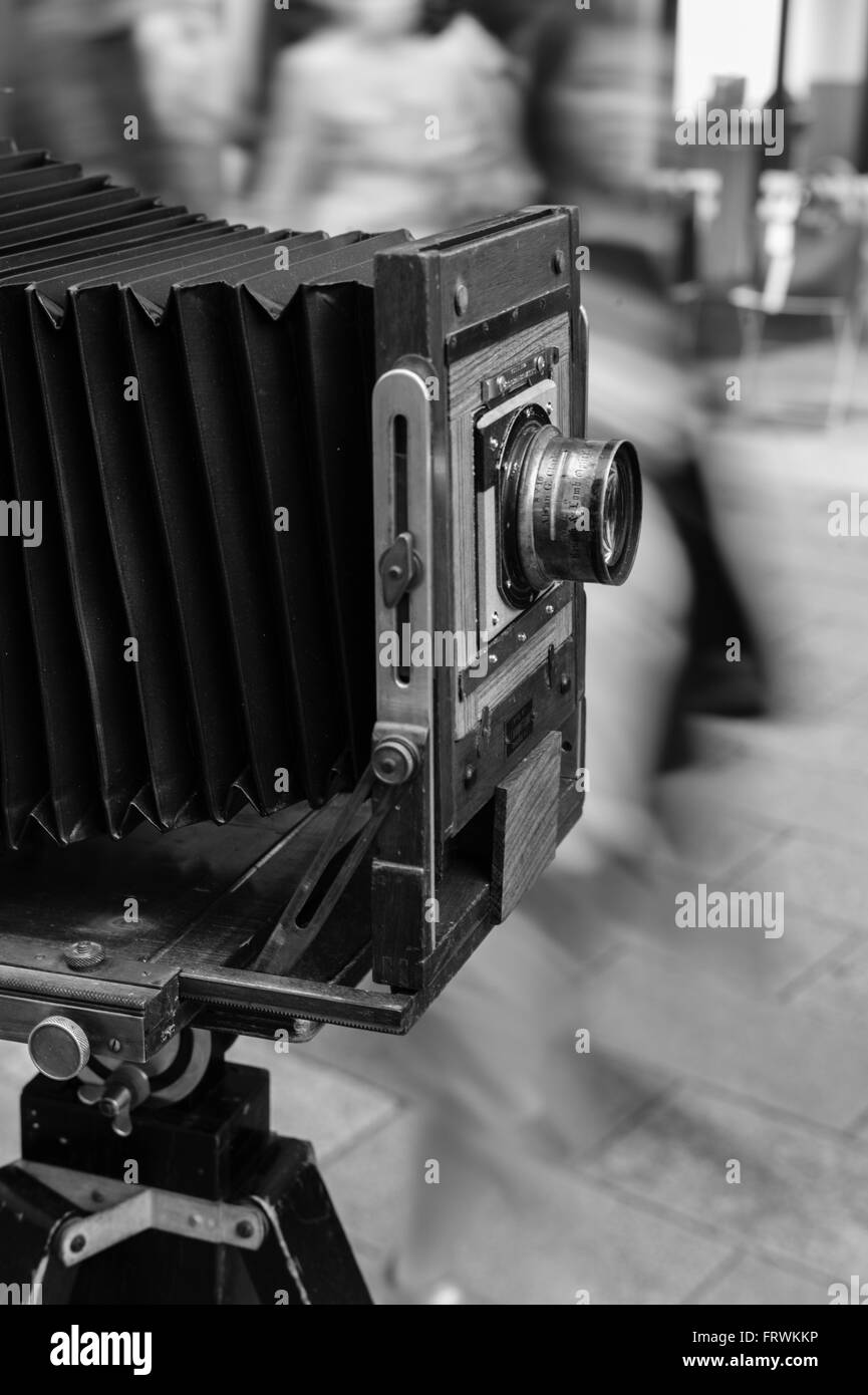 large-format-8x10-camera-with-alvan-g-cl