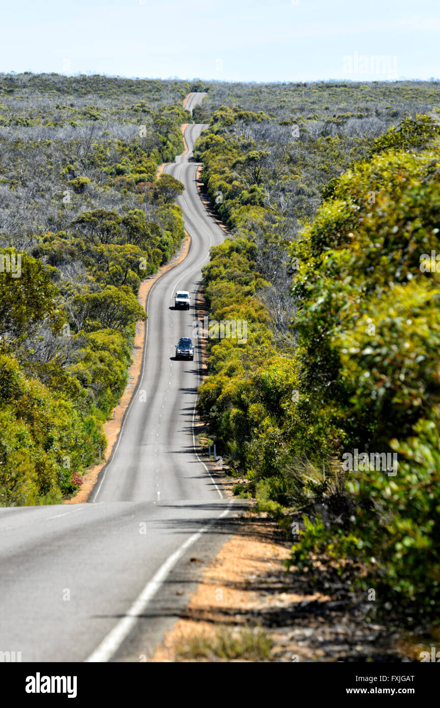 road-to-cape-du-couedic-kangaroo-island-