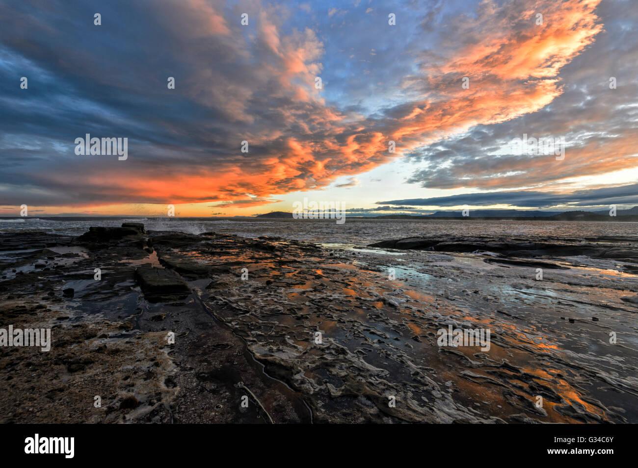 sunset-over-gerroa-headland-illawarra-co