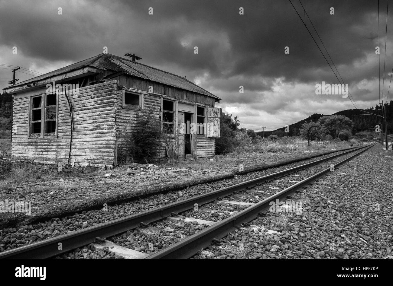 bennydale-railway-line-king-country-new-