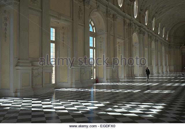 italy-piedmont-venaria-reale-noble-floor