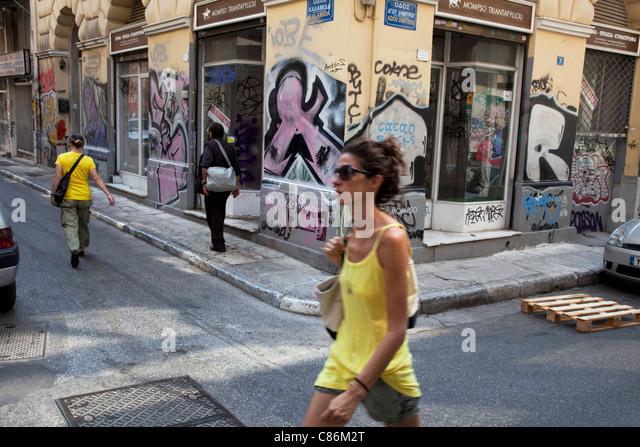 graffiti-murals-and-street-art-on-the-si