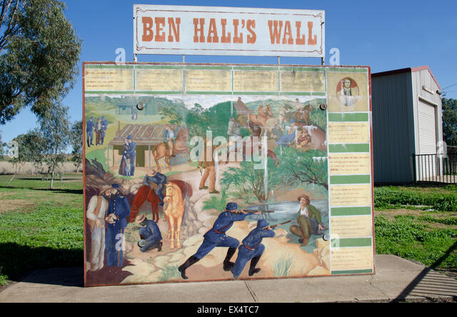 Mural depicting the history and  shooting of Australian Bushranger Ben Hall 1865 - Stock Image
