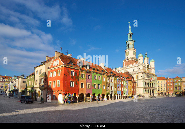 poznan-the-old-market-square-poland-euro