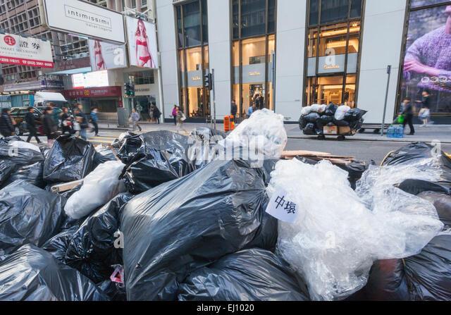 china-hong-kong-refuse-sacks-waiting-col