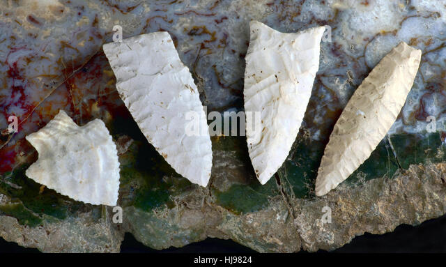 paleo-midwestern-arrowheads-made-7000-to