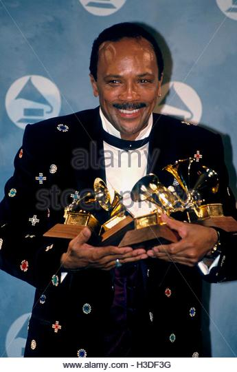 quincy-jones-at-the-33rd-annual-grammy-a