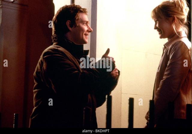 love-actually-2003-martin-freeman-joanna