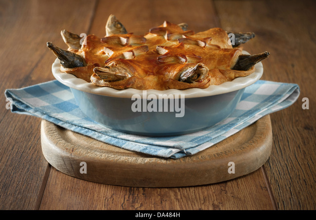 stargazy-pie-west-country-fish-dish-corn