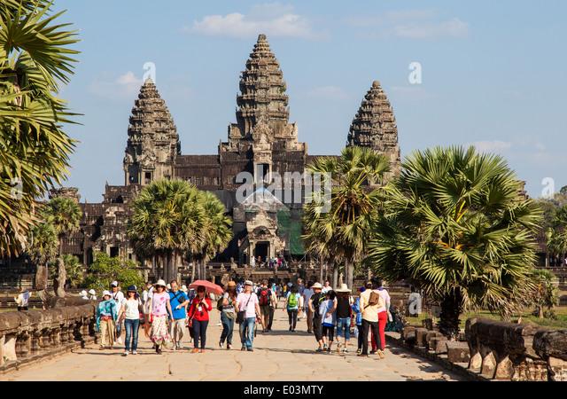 angkor-wat-siem-reap-cambodia-e03mty.jpg
