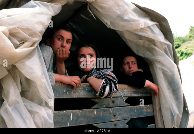 three-kosovar-girls-escaping-from-kosovo