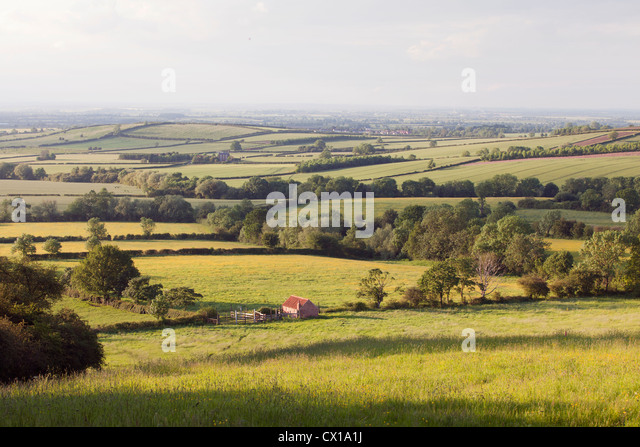 landscape-looking-over-the-leicestershir
